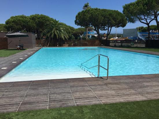 piscina - picture of camping estrella de mar, castelldefels