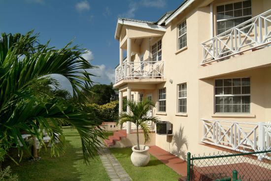 Best E Villas Prospect : Exterior of two bedroom apartment building