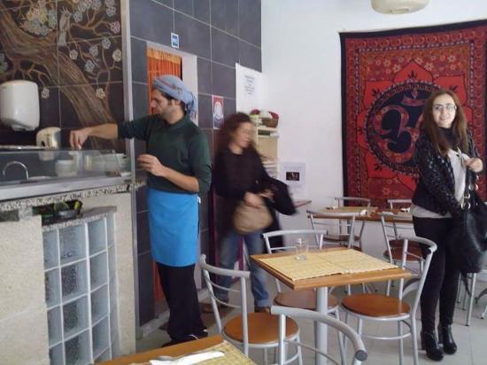 Ananda Cafe: Inside