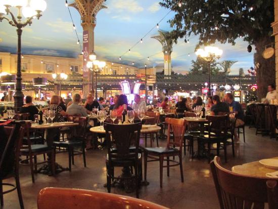 Le cafe picture of le cafe ile st louis at paris hotel las vegas tripadvisor - Hotel ile saint louis ...