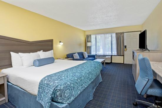 Photo of Days Inn & Suites Amelia Island Fernandina Beach