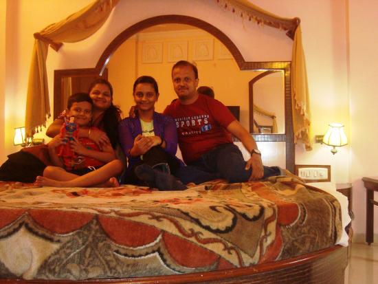 Pratap Heritage: JOSHI FAMILY
