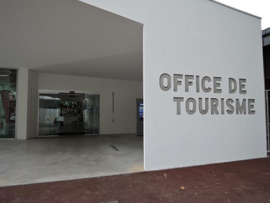 La borne tactile ext rieure photo de office de tourisme de bayonne bayonne tripadvisor - Bayonne office de tourisme ...