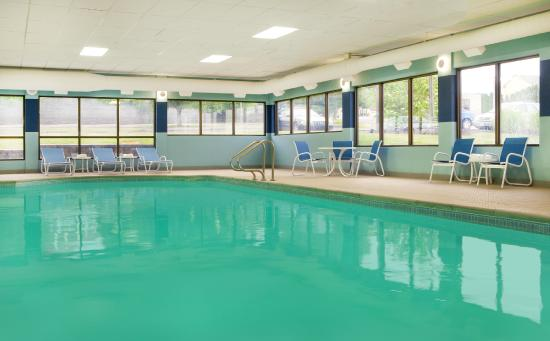 Four Points by Sheraton Scranton: Pool and Hot Tub