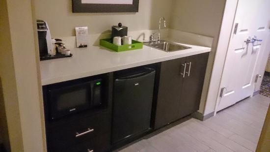 Wet Bar With Microwave And Mini Fridge In Suite Picture Of Hilton Garden Inn Raleigh Cary Cary Tripadvisor