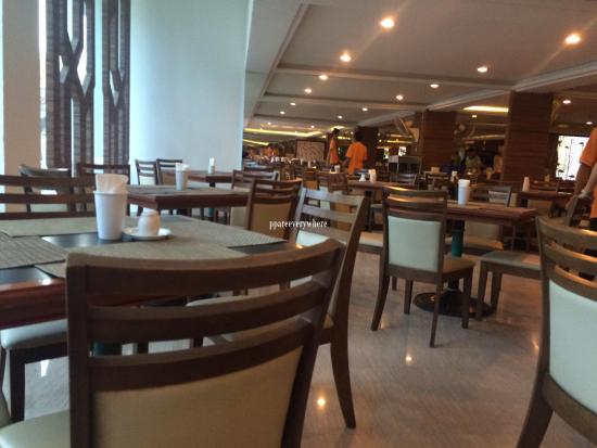 Golden Beach Hotel Cha-am: ห้องรับประทานอาหาร
