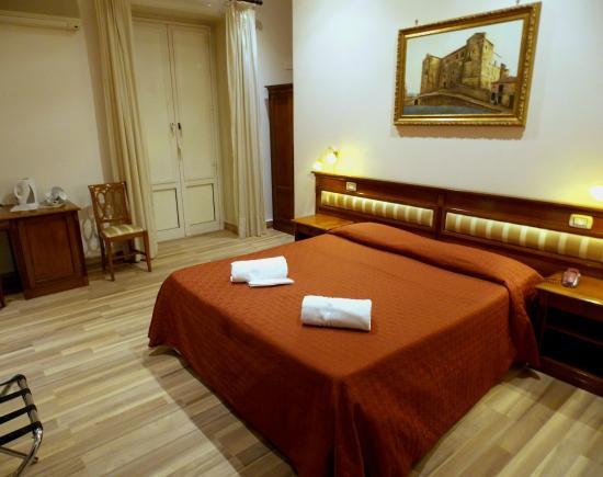 Photo of Hotel Tonic Palermo