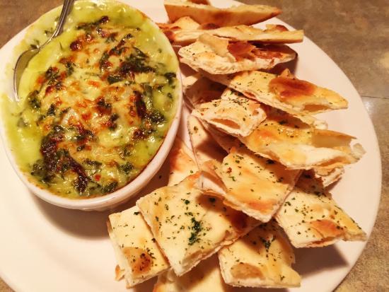 Bonfire Bistro: Flatbread with Spinach and Artichoke Spread