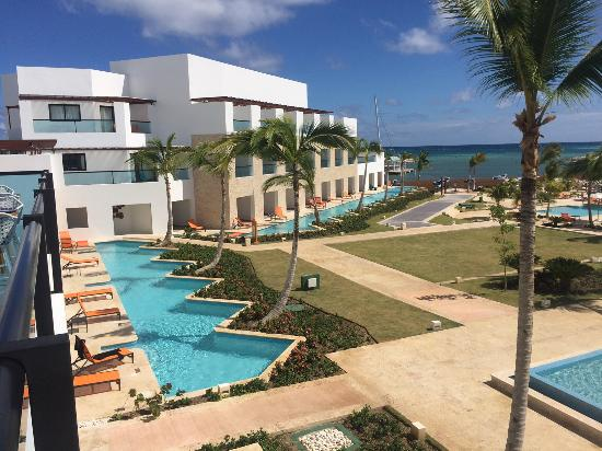 Alsol Tiara Cap Cana View Of Swim Out Rooms