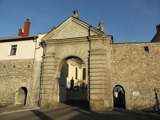 Glynska Gate