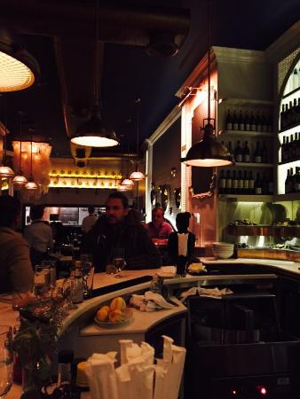 blue seafood bar new york city midtown restaurant. Black Bedroom Furniture Sets. Home Design Ideas