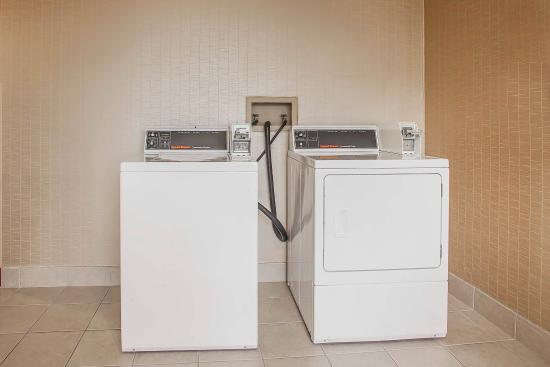 Comfort Inn Valley Forge National Park: Laundry