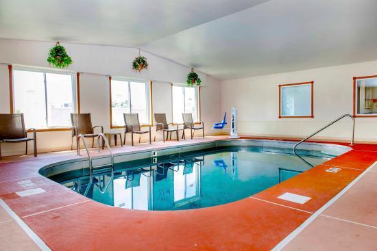 Batesville, IN: Pool