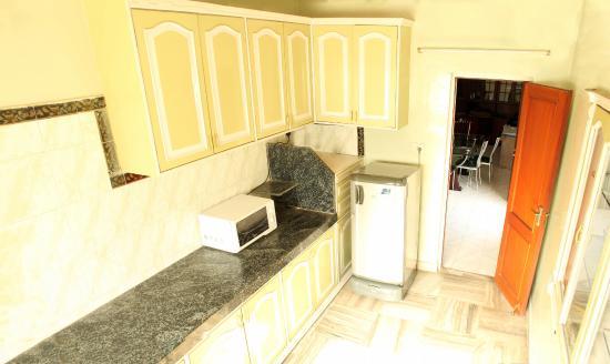 Vcare Service Apartments : Kitchen