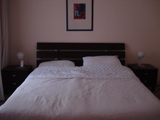 Mamaison Residence Izabella Budapest: B edroom