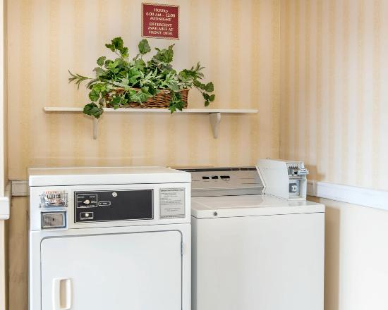 Rushville, IN: Laundry