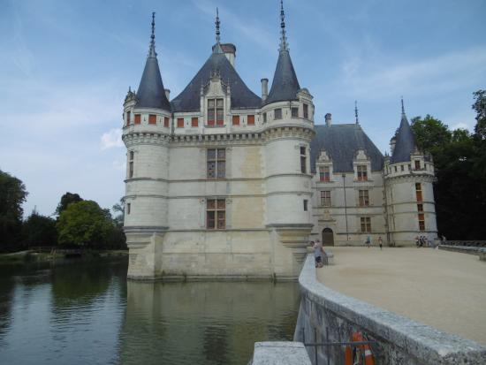 le ch teau picture of chateau of azay le rideau azay le. Black Bedroom Furniture Sets. Home Design Ideas
