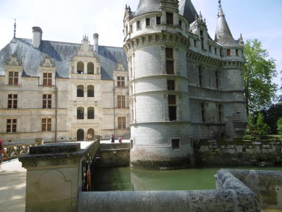 Le ch teau picture of chateau of azay le rideau azay le rideau tripadvisor - Visite chateau azay le rideau ...