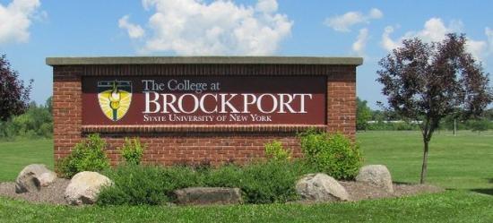 Dollinger's Inn & Suites: The College at Brockport