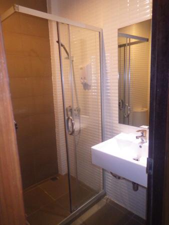 insonorisation chambre dikke houten balken. Black Bedroom Furniture Sets. Home Design Ideas
