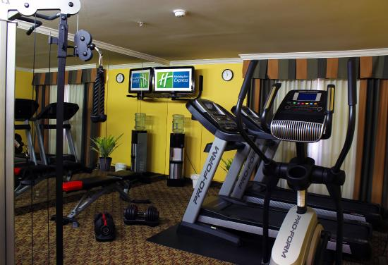 Holiday Inn Express Moreno Valley : Get in a great workout in our Fitness Center