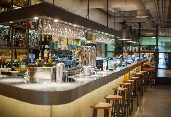 Barra Restaurante Nuevo Almacen Fotograf A De Nuevo