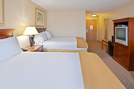 Holiday Inn Express Hotel & Suites Lacey: Double Bed Guest Room