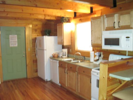 Cabins at Pine Haven: Full Kitchen with all utensils