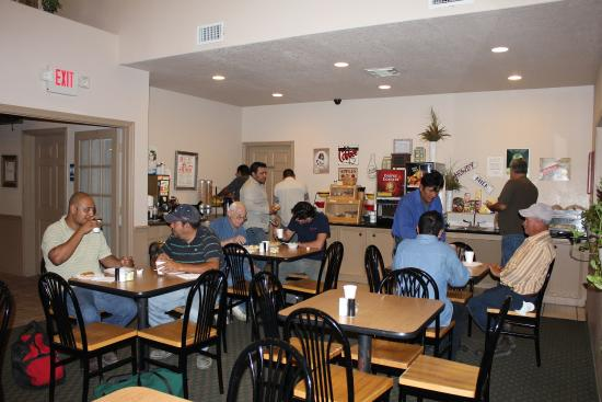Lone Star Inn & Suites: Breakfast Area