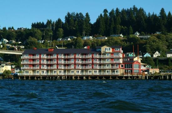 Cannery Pier Hotel: Water  View of Hotel