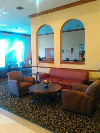 Best Western Plus Fiesta Inn: TA_IMG_20151119_133315_large.jpg
