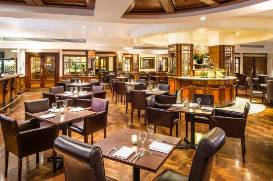 Copthorne Tara Hotel London Kensington: The Brasserie Restaurant Bar