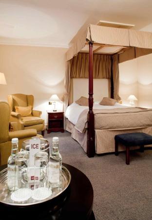 Mercure Salisbury White Hart Hotel: Guest Room