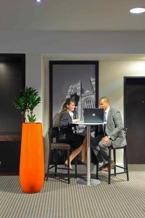 Novotel London Tower Bridge: Meeting Room