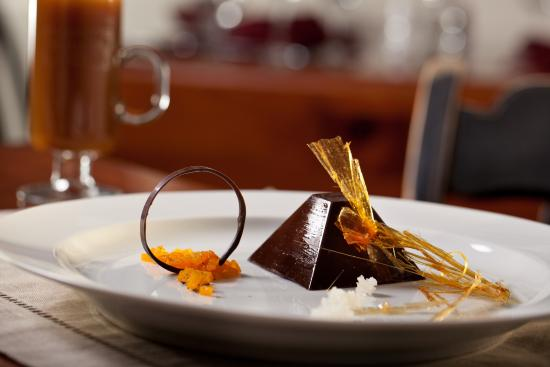 Lower Waterford, VT: Enjoy unique desserts at the Rabbit Hill Inn.
