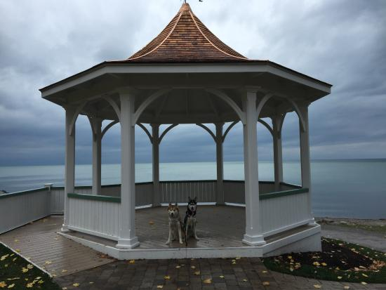 Queens Royal Park Gazebo