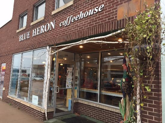 Blue Heron Coffee House: Front of coffeeshop