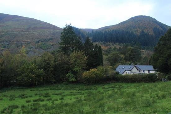 Dolbrodmaeth Riverside B&B: scenic view from front