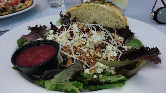 Shelby's Bistro: Wine Country Salad