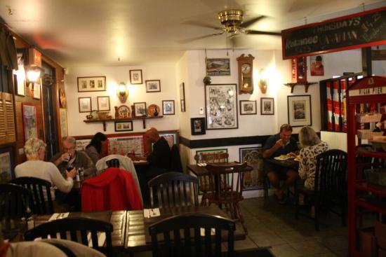 Garibaldi Highlands, Canadá: restaurant interior