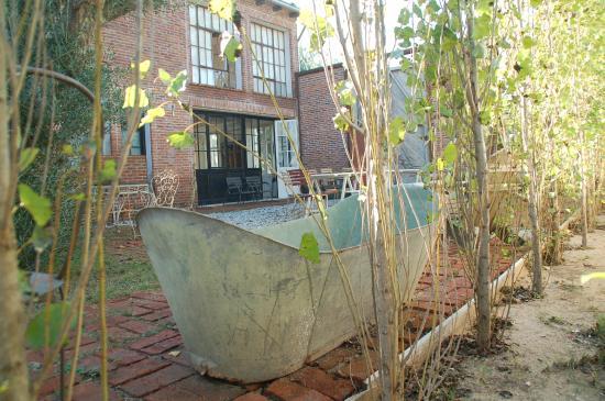 Casa Zinc: Patio