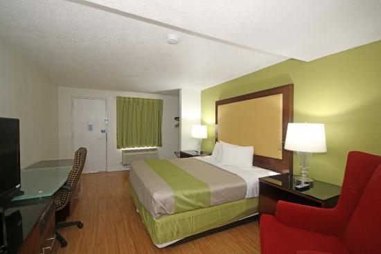 Aarcs Residence Suites: Room