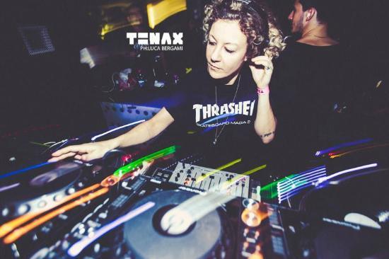 Tenax Club : Tini