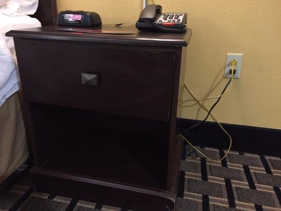 Holiday Inn Express Hotel & Suites : night stand