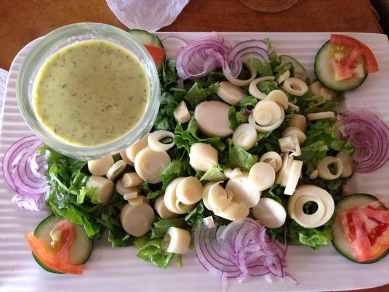 Restaurante Tica Linda: Hearts of Palm Salad - yum!