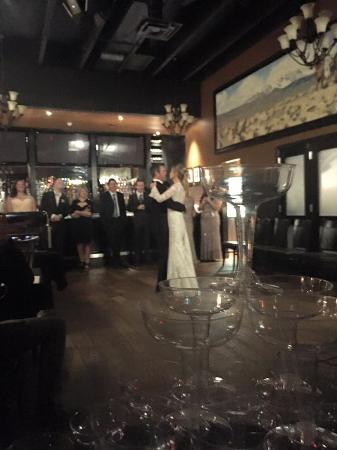 Roadhouse Restaurant: Dance floor and champagne tower