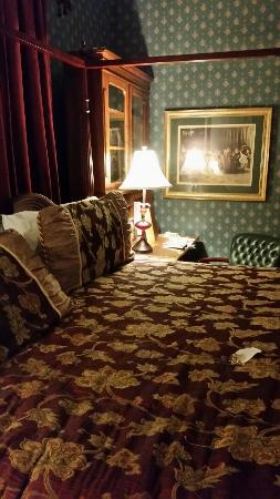 Stanley House Inn: 20151118_195450_large.jpg