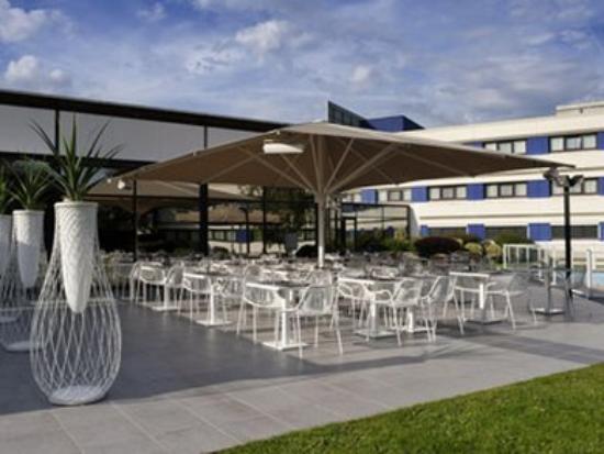 Novotel Marne La Vallee Collegien: terrace