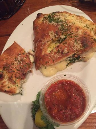 Brooklyn Boyz Pizza: small size calzone (added mushrooms and spinach)