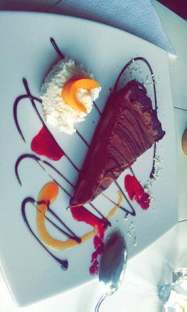 Chocolate Cafe : Snapchat-794071719821643998_large.jpg